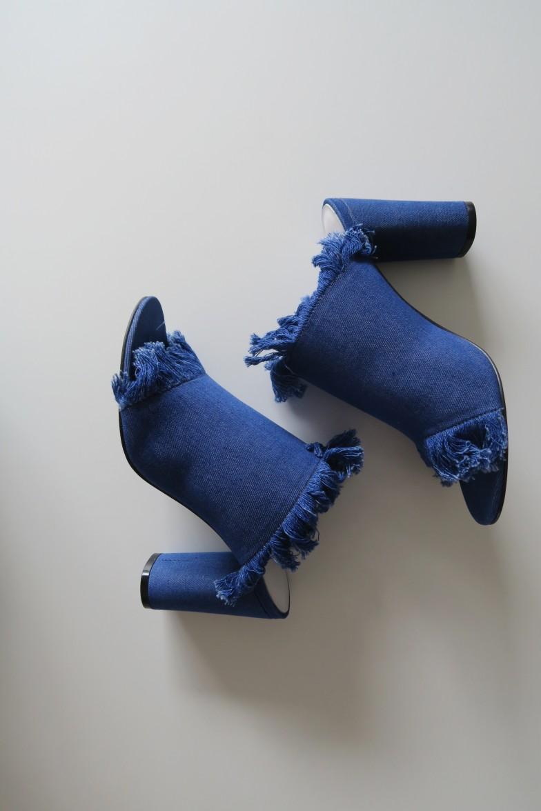 Envelope_denim_shoes